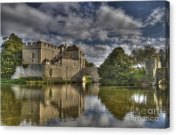 Leeds Castle Reflections Canvas Print