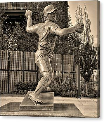 Lefty - Phillie Steve Carlton In Sepia Canvas Print by Bill Cannon