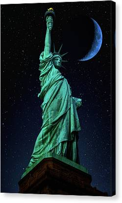Canvas Print featuring the photograph Let Freedom Ring by Darren White