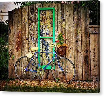 Canvas Print featuring the photograph Lewistown Garden Bicycle by Craig J Satterlee