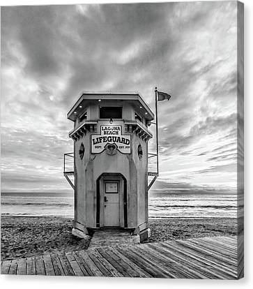 Canvas Print featuring the photograph Lifeguard Station In Black And While by Cliff Wassmann