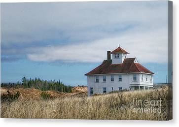 Canvas Print featuring the photograph Lighthouse Residence by Gina Cormier