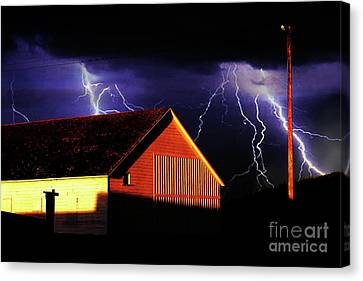 Lightning At The Old Ranch . 40d4577 Canvas Print by Wingsdomain Art and Photography