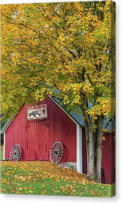 Lil Red Vermont Shed Canvas Print by Thomas Schoeller
