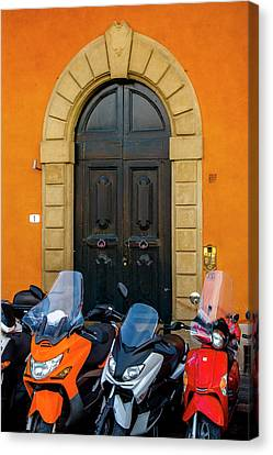 Lined Up In Florence Canvas Print by Andrew Soundarajan