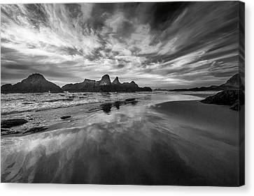 Lines In The Sand At Seal Rock Canvas Print