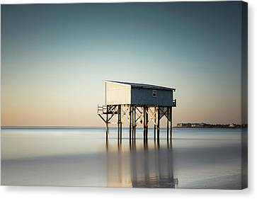 Little Blue Sunrise Canvas Print by Ivo Kerssemakers