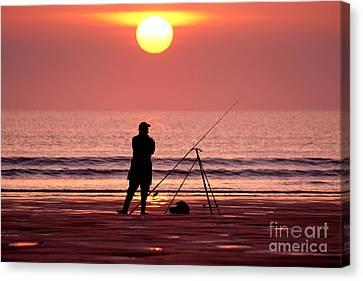 Llangennith Fishing At Sundown Canvas Print