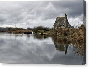 Lock Keepers Cottage At Topsham Canvas Print