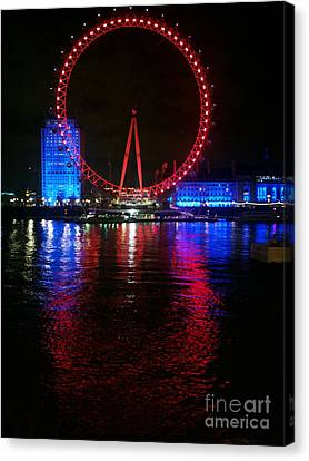 London Eye At Night Canvas Print by Hanza Turgul
