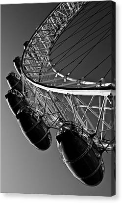 London Eye Canvas Print by David Pyatt