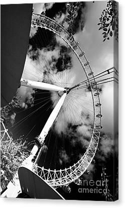 London Ferris Wheel Bw Canvas Print