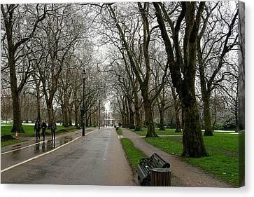 London Hyde Park Canvas Print