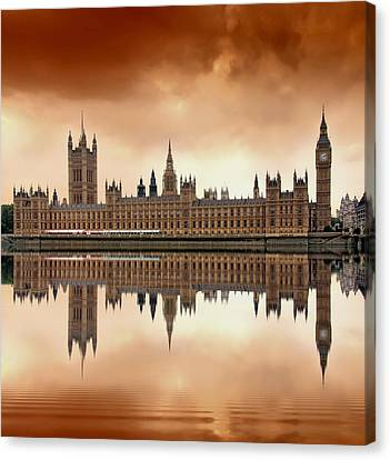 Big Ben Canvas Print - London by Jaroslaw Grudzinski