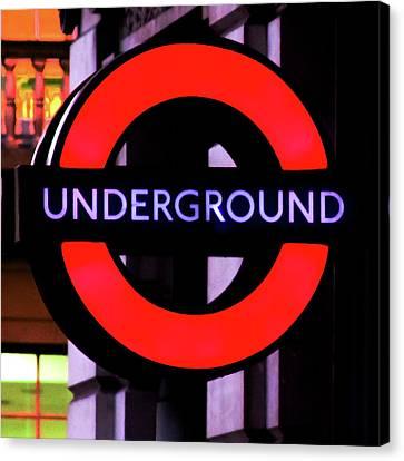London Underground Sign Canvas Print by Tony Grider