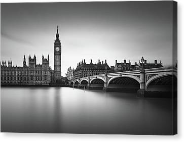 London, Westminster Bridge Canvas Print by Ivo Kerssemakers