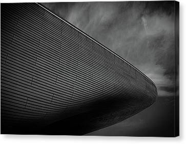 London Olympic Aquatic Centre Canvas Print by Martin Newman