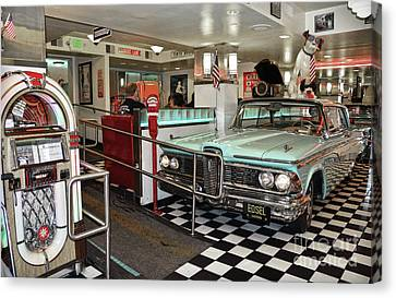 Burger Canvas Print - Loris Diner In San Francisco by RicardMN Photography