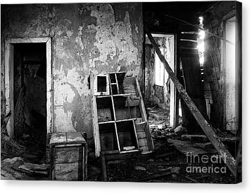 Abandoned House Canvas Print - Lost In Time 11 by Bob Christopher