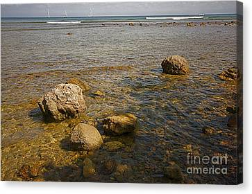 Canvas Print featuring the photograph Low Tide 2 by Nicola Fiscarelli