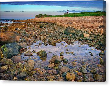 Low Tide At Montauk Point Canvas Print by Rick Berk