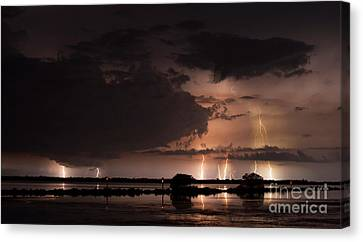 Low Tide With High Energy Canvas Print