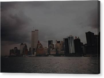 Lower Manhattan Canvas Print by Rob Hans