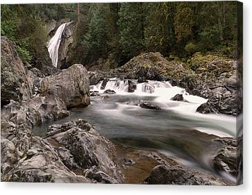 Canvas Print featuring the photograph Lower Twin Falls by Jeff Swan