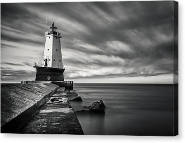 Canvas Print featuring the photograph Ludington Light Black And White by Adam Romanowicz