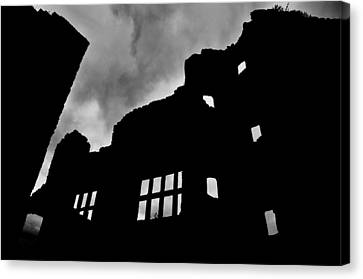 Ludlow Storm Threatening Skies Over The Ruins Of A Castle Spooky Halloween Canvas Print