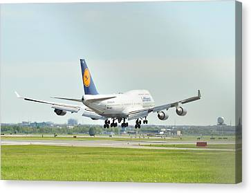 Lufthansa Airlines 747 Canvas Print