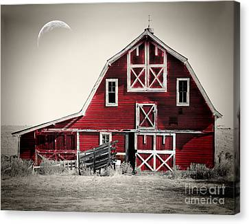 Luna Barn Canvas Print by Mindy Sommers