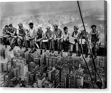 Lunch Atop A Skyscraper Canvas Print
