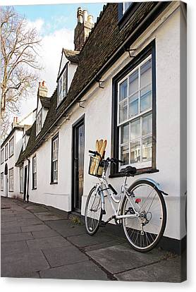 Canvas Print featuring the photograph Lunch French Style By Bicycle In Cambridge by Gill Billington