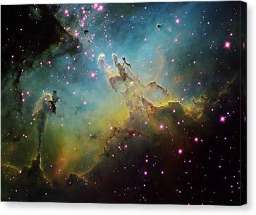 M16 The Eagle Nebula Canvas Print by Ken Crawford