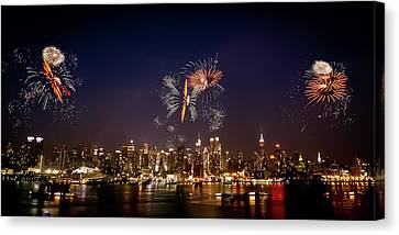Macy's Fireworks Iv Canvas Print by David Hahn