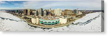 Canvas Print featuring the photograph Mad City by Randy Scherkenbach