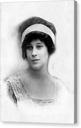 Madeleine Astor 1893-1940, Wife Of John Canvas Print by Everett