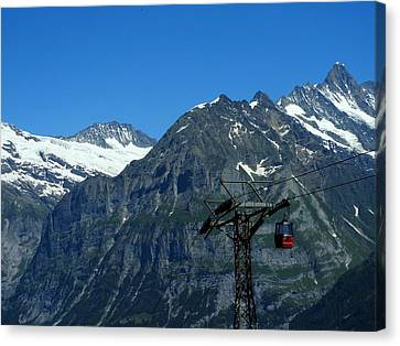 Maennlichen Gondola Calbleway, In The Background Mettenberg And Schreckhorn Canvas Print