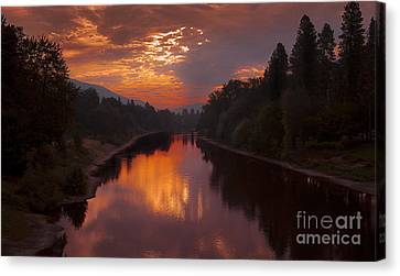Magnificent Clouds Over Rogue River Oregon At Sunset  Canvas Print by Jerry Cowart