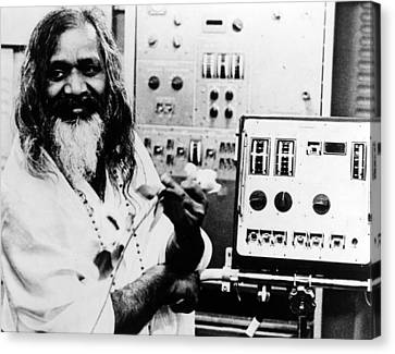 Maharishi Mahesh Yogi, Late 1960s Canvas Print by Everett
