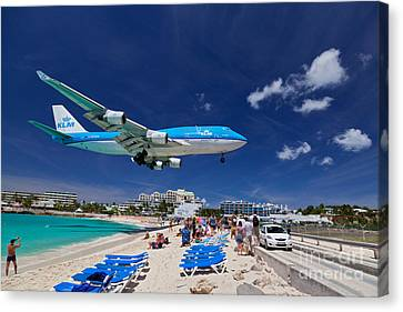 Klm Canvas Print - Maho Beach by Katka Pruskova