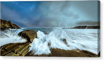 Maine Rocky Coast During Storm At Two Lights Canvas Print