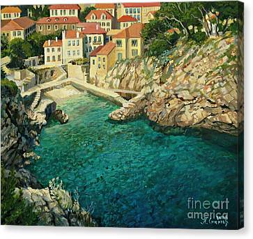 Majestic Beauty Canvas Print by Kiril Stanchev