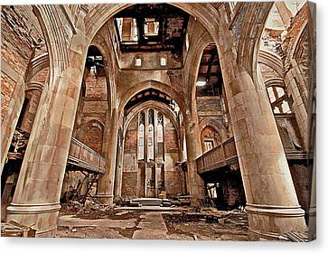 Canvas Print featuring the photograph Majestic Ruins by Suzanne Stout