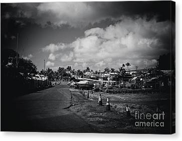 Canvas Print featuring the photograph Mala Wharf Ala Moana Street Lahaina Maui Hawaii by Sharon Mau
