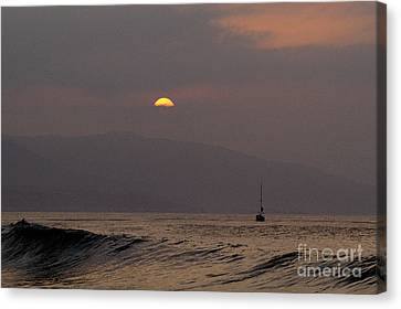 Malibu Sunrise Canvas Print by Marc Bittan