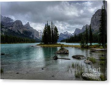 Maligne Lake Spirit Island Jasper National Park Alberta Canada Canvas Print by Wayne Moran