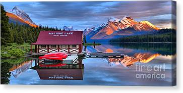 Maligne Lake Sunset Spectacular Canvas Print