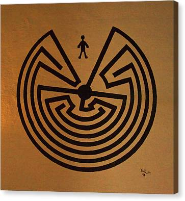 Man In Maze Canvas Print by Tom Singleton